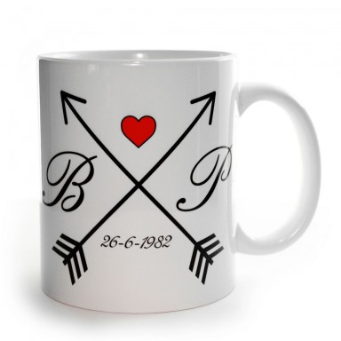 Inglese Arrows initial and date cup