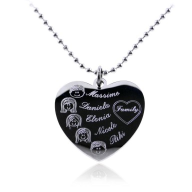 MY FAMILY heart necklace in stainless steel