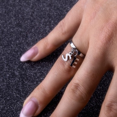 Initial ring in stainless steel