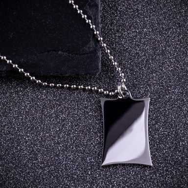 Parchment necklace in stainless steel