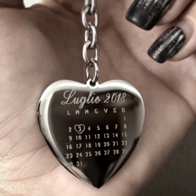 Calendar heart keyring in stainless steel