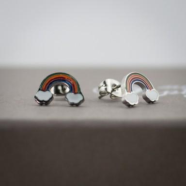 Coppia di micro orecchini arcobaleno in acciaio inox