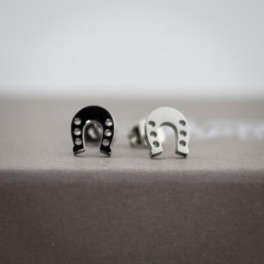 Coppia di micro orecchini ferro di cavallo in acciaio inox