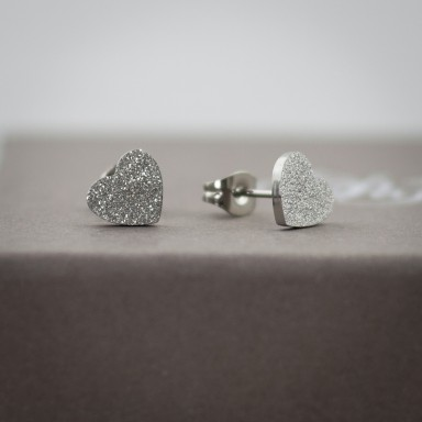 Coppia di micro orecchini cuore brillantinato in acciaio inox