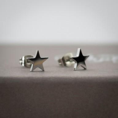 Coppia di micro orecchini stellina lucida