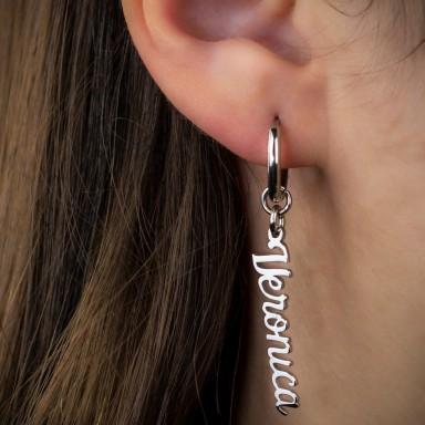 Mono orecchino con nome in acciaio inox