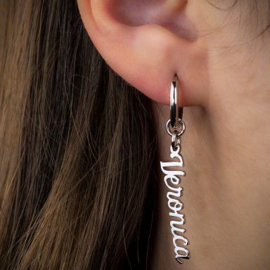 Single earring with name in stainless steel