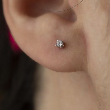 Earring single with small white zircon in silver 925