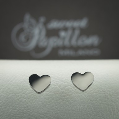 Pair of smooth heart micro earrings in stainless steel