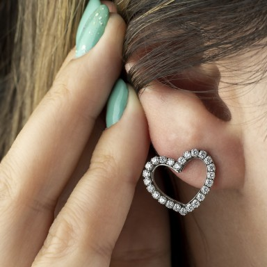 Pair of heart earrings with stainless steel glitters