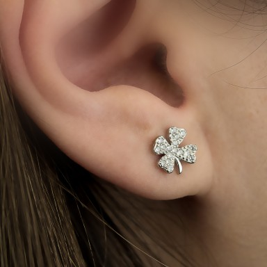 Single four-leaf clover earring in 925 silver with zircon