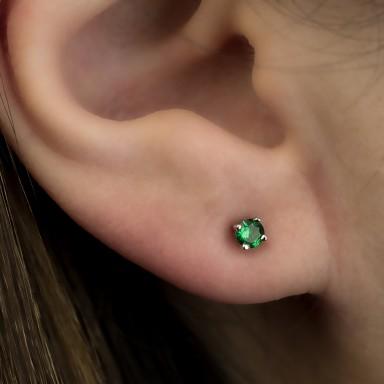 Earring single with green zircon in silver 925 0,3 cm