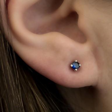 Earring single with blue zircon in silver 925 0,3 cm